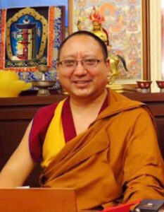 Khenpo Molam teaches on The Precious Garland of the Sublime Path by Gampopa